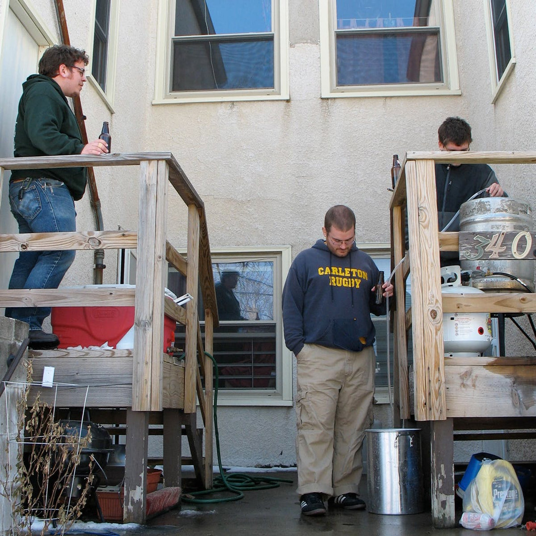 Founders-homebrewing-together-our-sorty.