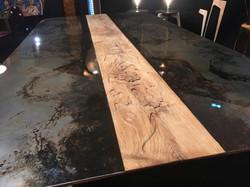 table sculptée