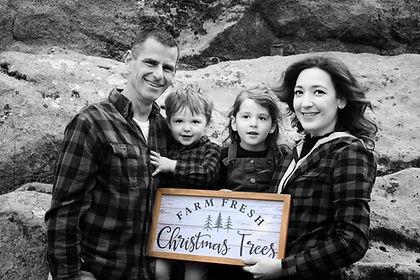 Jamieson family christmas.jpg