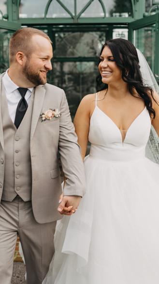 Classic Star Barn Wedding | Elizabethtown, PA