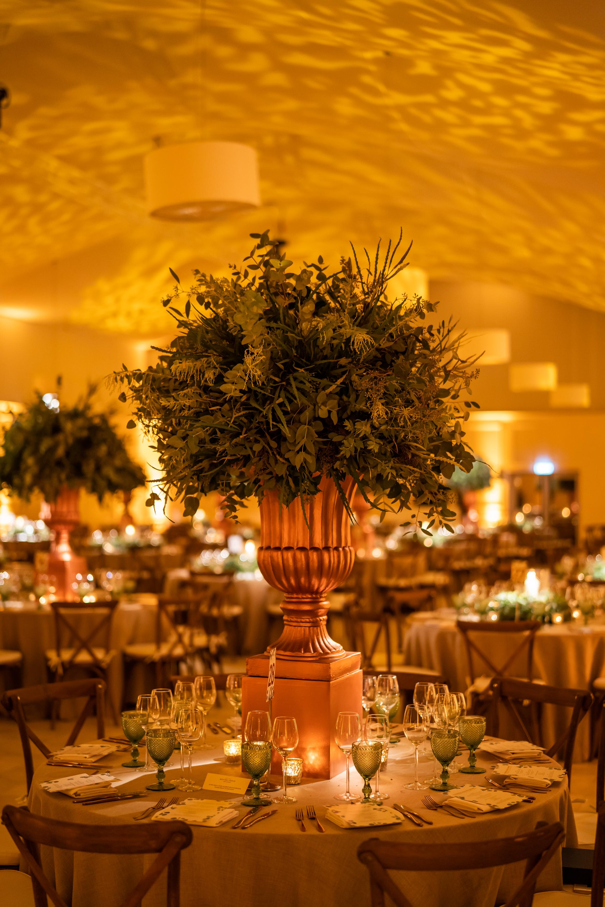 Foliage Urn Table Centre