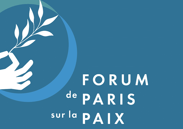 Des bornes de rechargemen de téléphones mobiles pour le Forum de la Paix