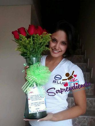 Rosas en jarron, regalos de rosas, sorprendiedo