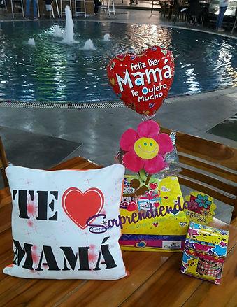 detalle dia de la madre, regalos mamá, sorpresa madre, desayuno mamá, Sorprendiendo