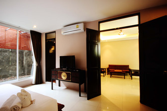 honeymoonsuiteroom_bangkok06.jpg