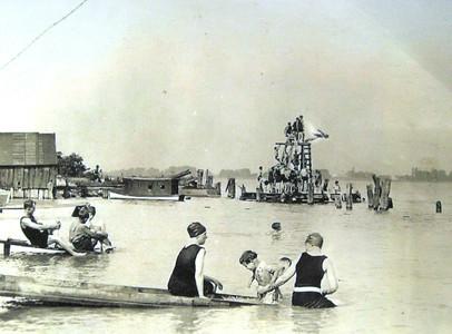 Marine City Beach, 1923
