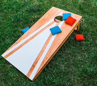 build-a-cornhole-board-353704743-6726c50