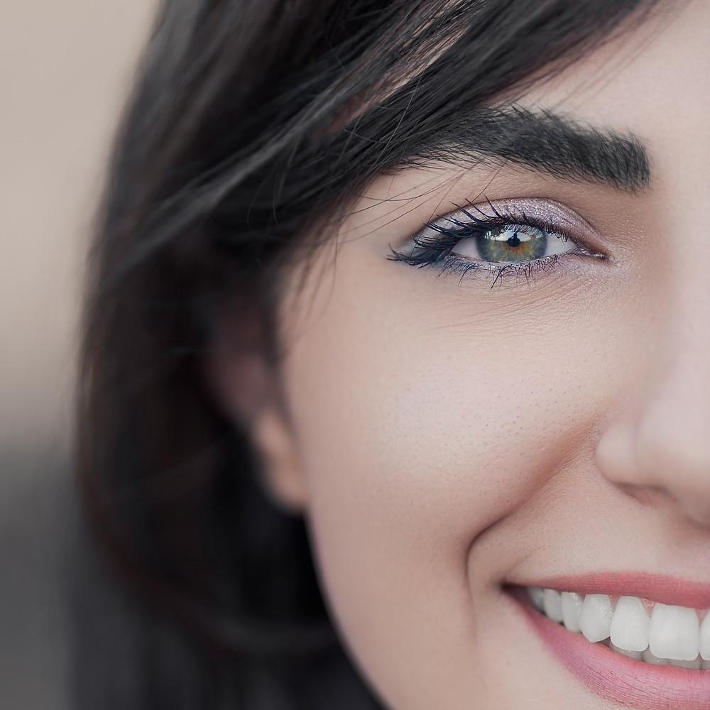 What is dental veneers?