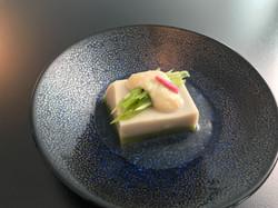 八尾豆腐の培養フォアグラ掛け