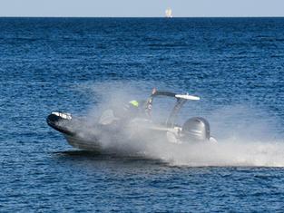 Rejs motorówką Gdynia @ PremiumBoats.pl