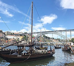 Bom_dia!_Good_morning,_Porto!_What_a_sun