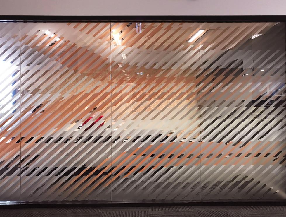Transport--glass-film-orange-meet_lighte