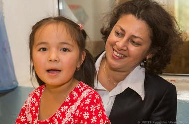 Visit of UNICEF Regional Director Mrs. Afshan Khan in Osh and Batken, 2016.