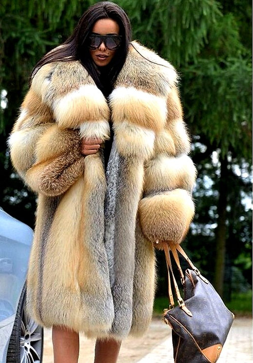 CRYPTOR GLOBAL ™️©️ Fox Natural Fur Coat Women Winter Luxury