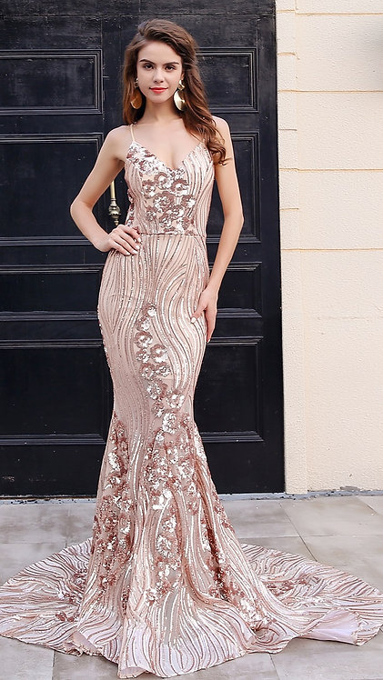 CRYPTOR GLOBAL ™️©️​​​​​​​Evelyn Belluci  Gold Evening Gown Sequin