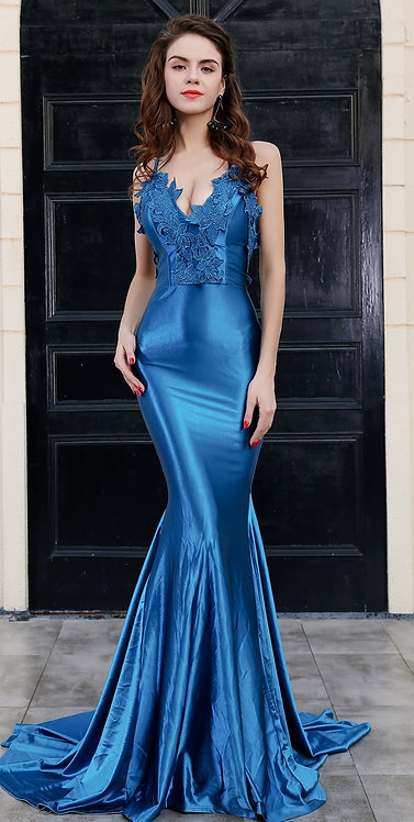 CRYPTOR GLOBAL ™️©️​​​​​​​Evelyn Belluci  Blue Evening Gown