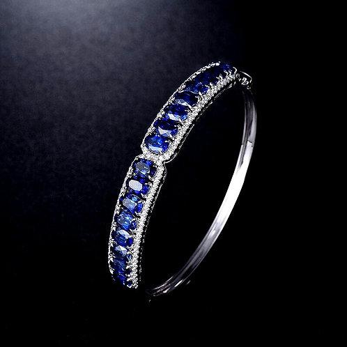 CRYPTOR GLOBAL™️©️18Kt Au750 WG Natural Blue magnificent Sapphire Bangle