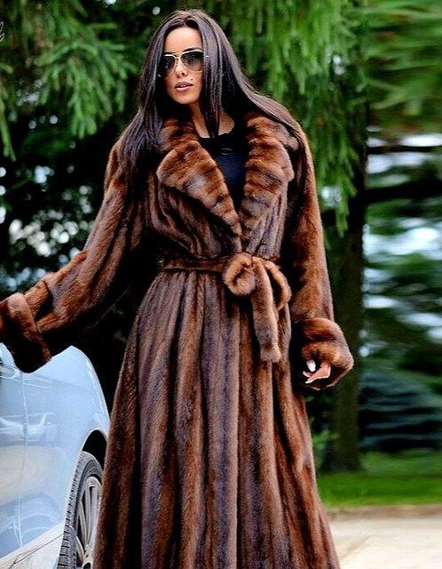 CRYPTOR GLOBAL ™️©️ PURE Luxury  Natural  Long Mink Fur Coat - Turn-Down Collar