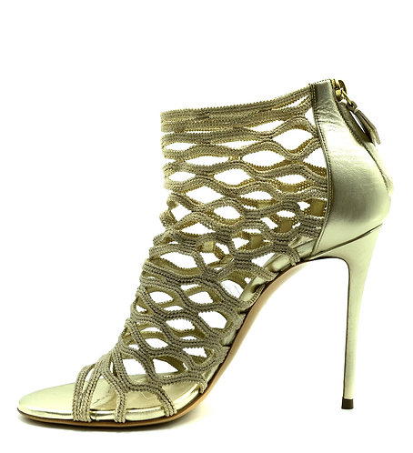 CRYPTOR GLOBAL The CASADEI Collection