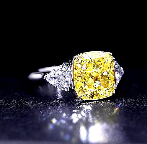 CRYPTOR GLOBAL ™️©️ 18K WG Center 4.2CT Yellow Moissanite Cushion Cut Ring