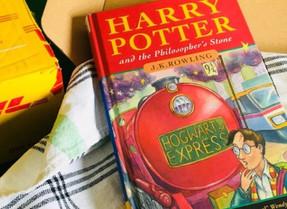 Перше видання книги «Гаррі Поттер і філософський камінь» продали на аукціоні за 60 тисяч фунтів