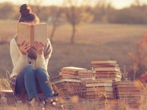 Більше українців почали читати і купувати книжки
