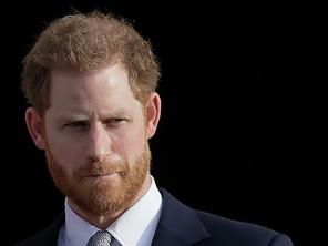 Принц Гаррі випустить спогади про життя в королівській родині