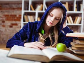 Учнів 8-11 класів запрошують до участі в літературному змаганні «Антитвір»