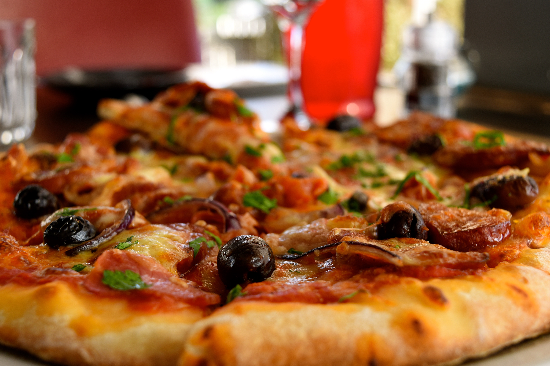 Con carne pizza