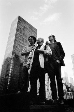 Paolo Pellegrin_Ferdinando Scianna e Alex Majoli at the 50th Magnum Photos Anniversary. NY 2007