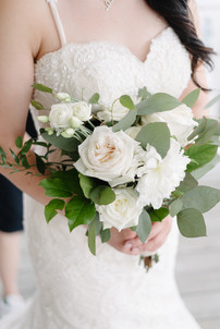 White and Green Bridal bouquet.jpg