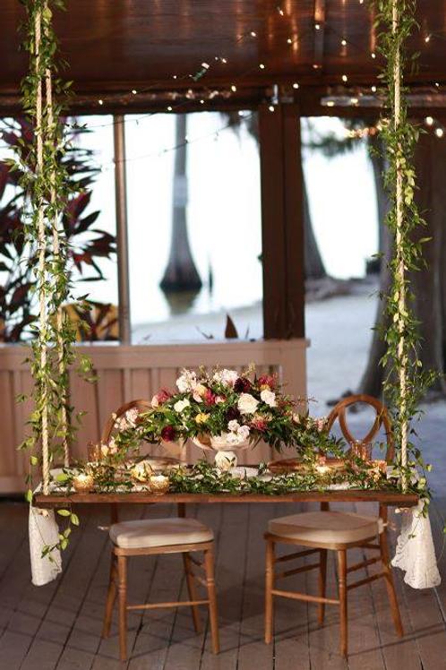 Floating Sweetheart Table