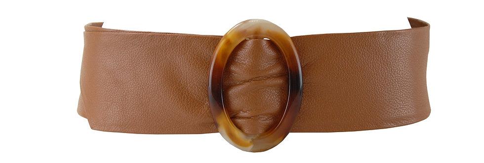 Cinto de couro com fivela oval