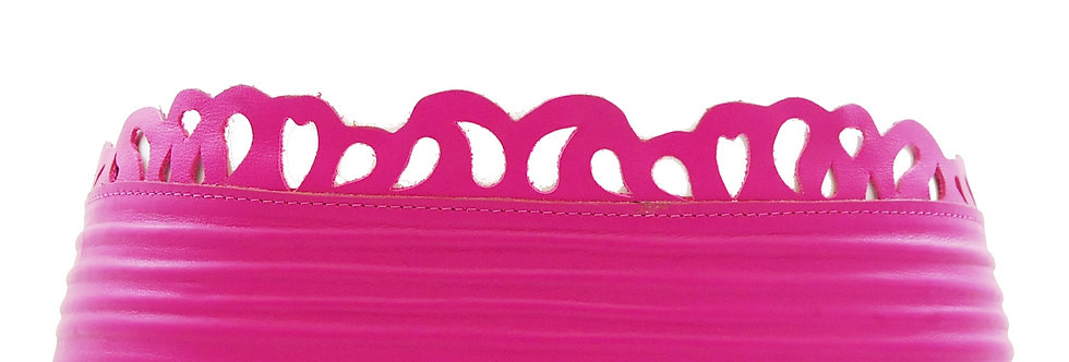 Cinto largo pink com cortes á laser