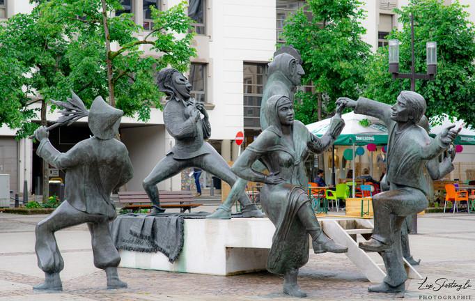 Statues de danse / Saltimbanques