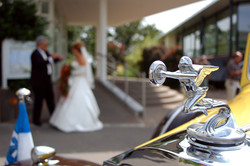 Auto mit Braut