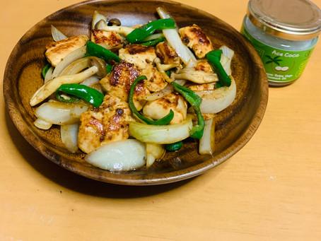 鶏肉のココナッツカレー炒め