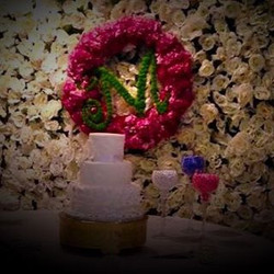 #floralwall #wedding #happybride