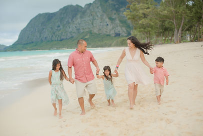 Oahu honolulu Family portrait sessions