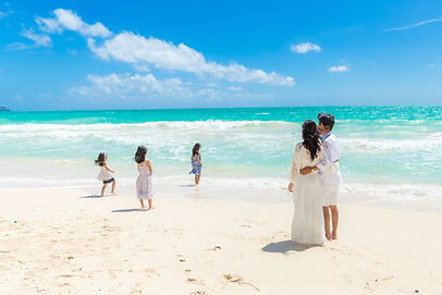 Oahu Honolulu couple engagement photography sessions