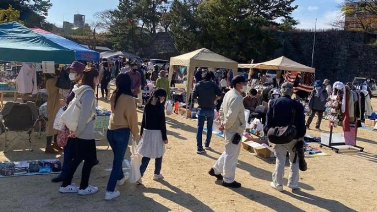 るらるマーケットin和歌山城公園砂の丸広場