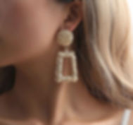 gold-earrings_edited.jpg