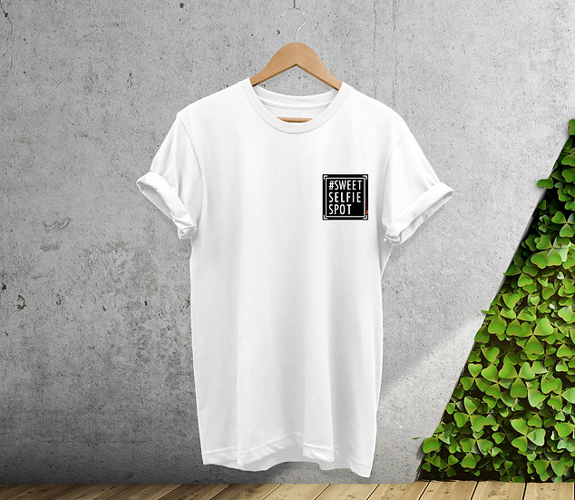 Ladies Oversized White Sweetselfiespot T