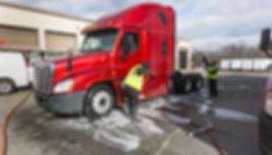 truck-washing-12.jpg
