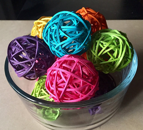 Colour Rattan Balls x 5