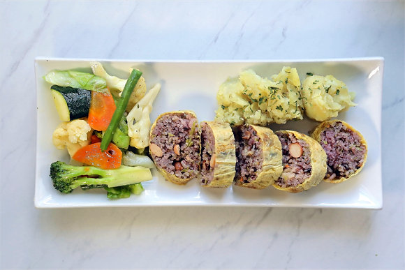 Golden Roll with Potato and Vegetable Medley