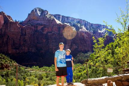 Jacob Thompson and brother grand canyon