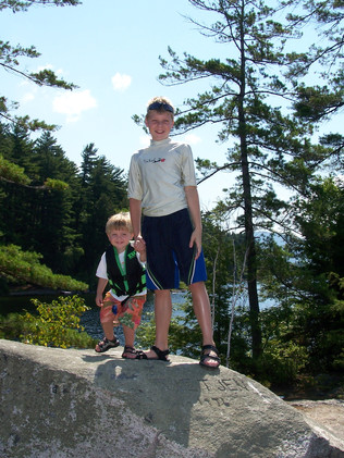 Alex and Jacob Thompson New Hampshire