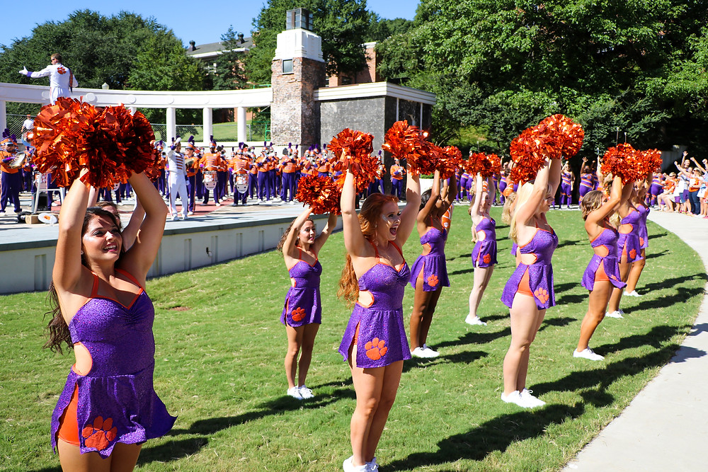 clemson band tiger dancers pregame amphiteater