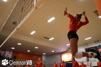 Clemson volleyball warmup spike
